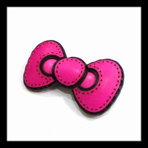 画像1: ojaga design オジャガデザイン ☆HELLO KITTY ハローキティ リボン ピンバッジ Pink